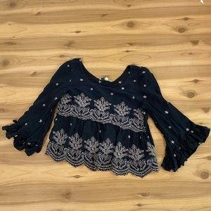 American Eagle black tiered lace blouse small